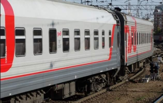 Появилось видео, как мужчина прыгнул под поезд в Москве