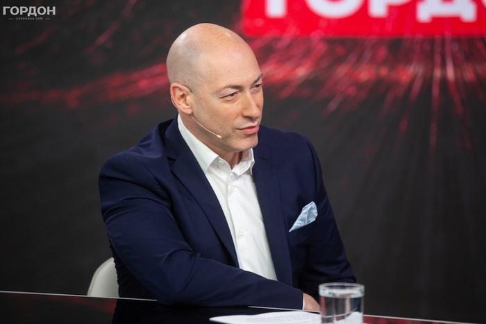 Хочу посоветовать Соловьеву посмотреть на свои руки. На его руках кровь и украинцев, и россиян (Видео)
