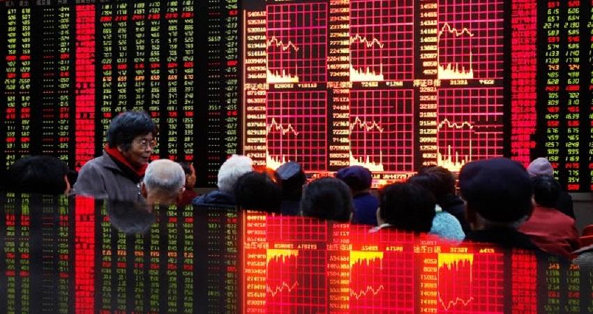 Китай заморозил рынок, скрывая проблемы «мыльного пузыря»