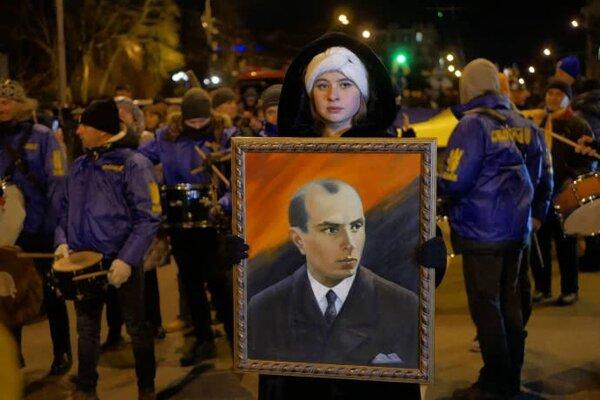 В Киеве прошло огненное шествие в честь Бандеры: все подробности онлайн