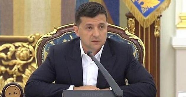 «Он решает все»: Зеленский признался, почему пошел на прямой диалог с Путиным (Видео)