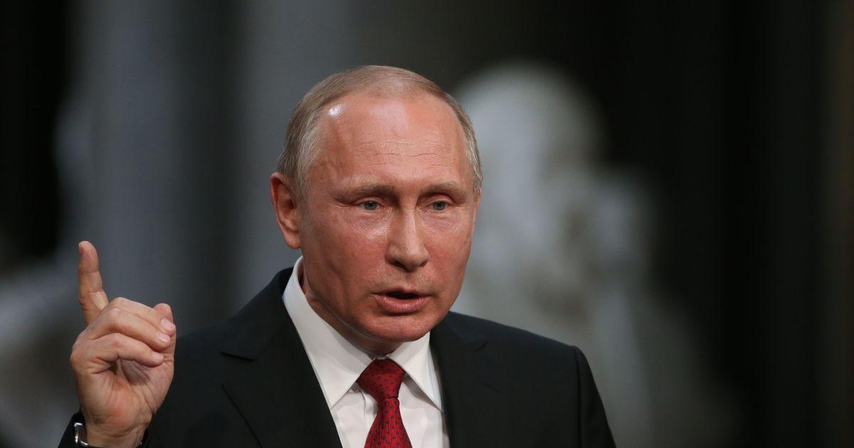 В России ползут слухи о смертельной болезни Путина