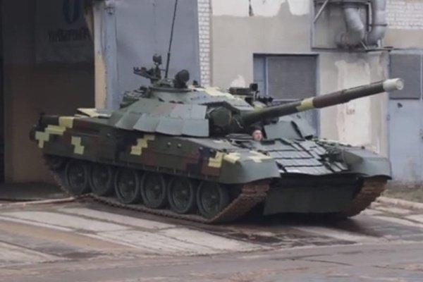 Современный танк для ВСУ успешно испытали под водой: появилось видео
