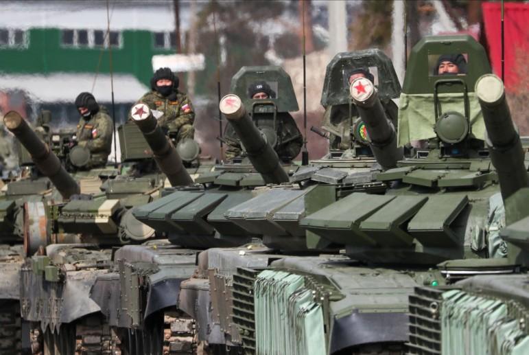 Владимир Владимирович Мадуро. Москва увеличивает расходы на армию, несмотря на кризис