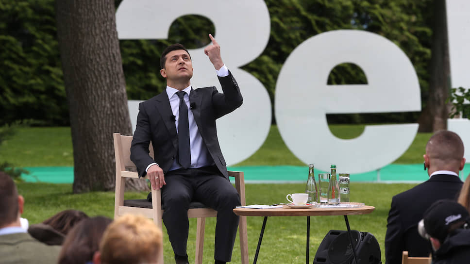 Власть Зеленского, которой у Порошенко не было никогда