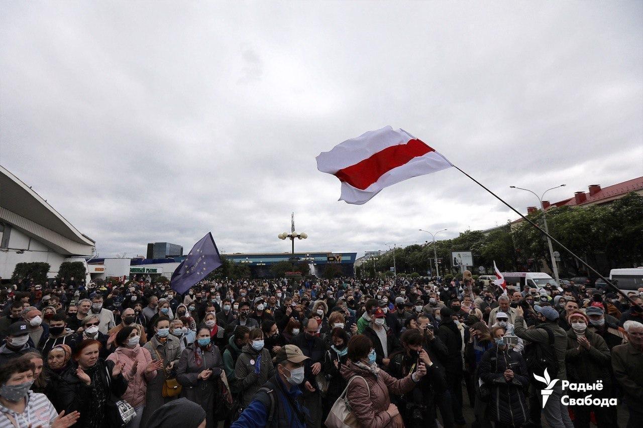 По всей Беларуси вспыхнули протесты из-за задержания блогера. Фото и видео