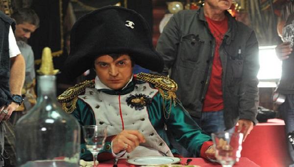 Зеленский сам откосил от армии. Какое моральное право он имеет требовать это от других?