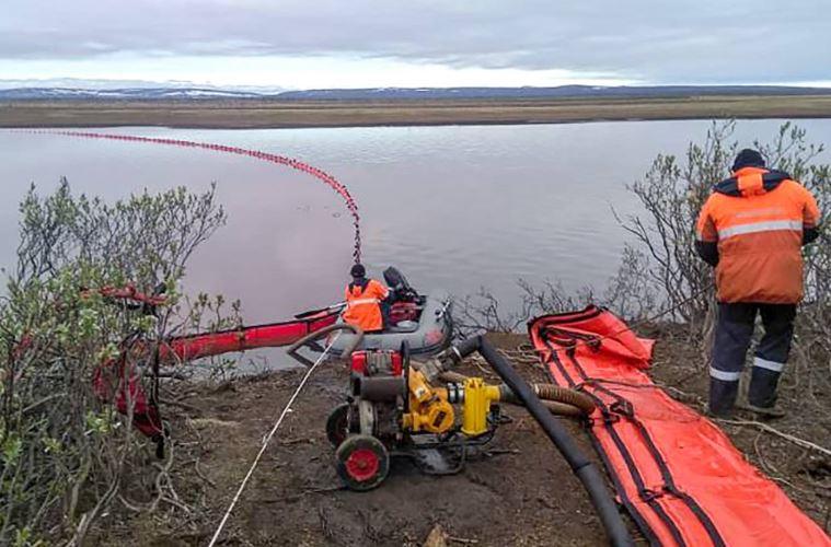 После катастрофы в Норильске России предрекли «нефтяную чуму»