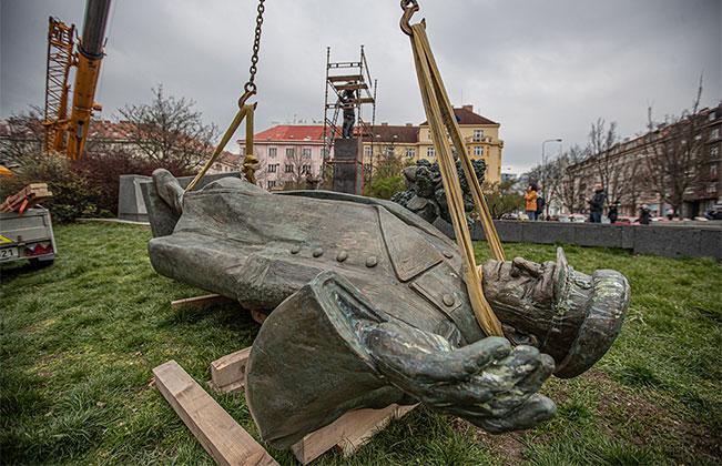 «Послание» российских спецслужб и В. Путина чешскому правительству
