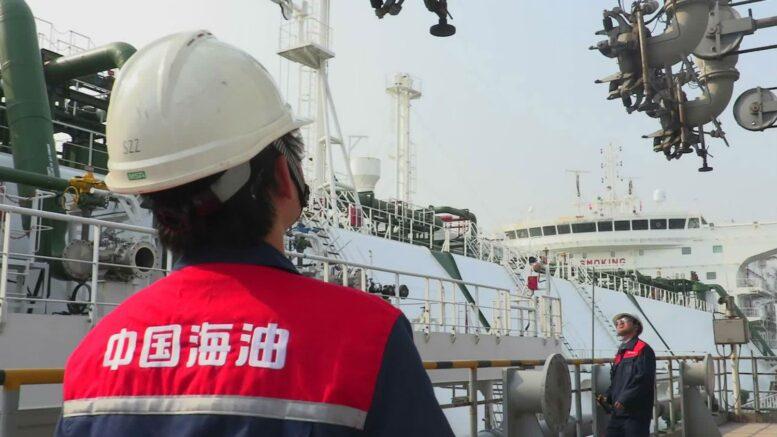 О полноте налитой бочки - Производители нефти уткнулись в дно сокращений